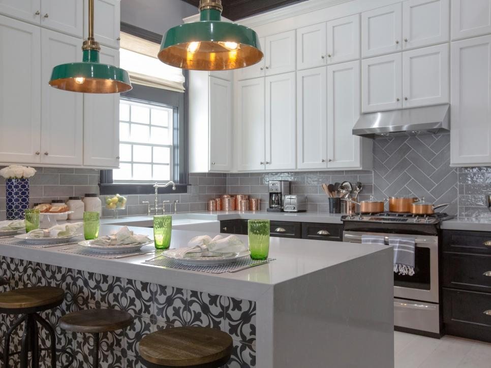 Brothers-Take-New-Orleans-Kitchen-Renovation-Backsplash